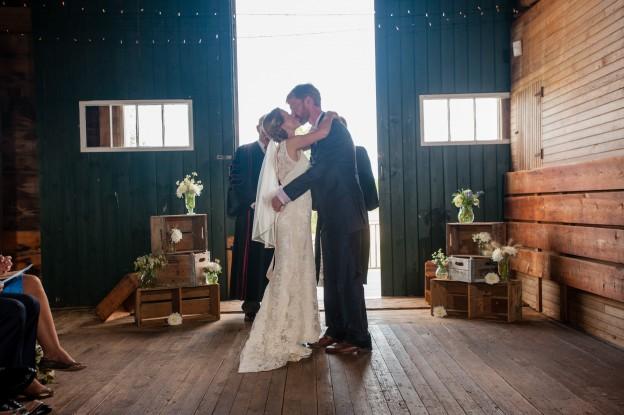 A Laudholm Farm Wedding