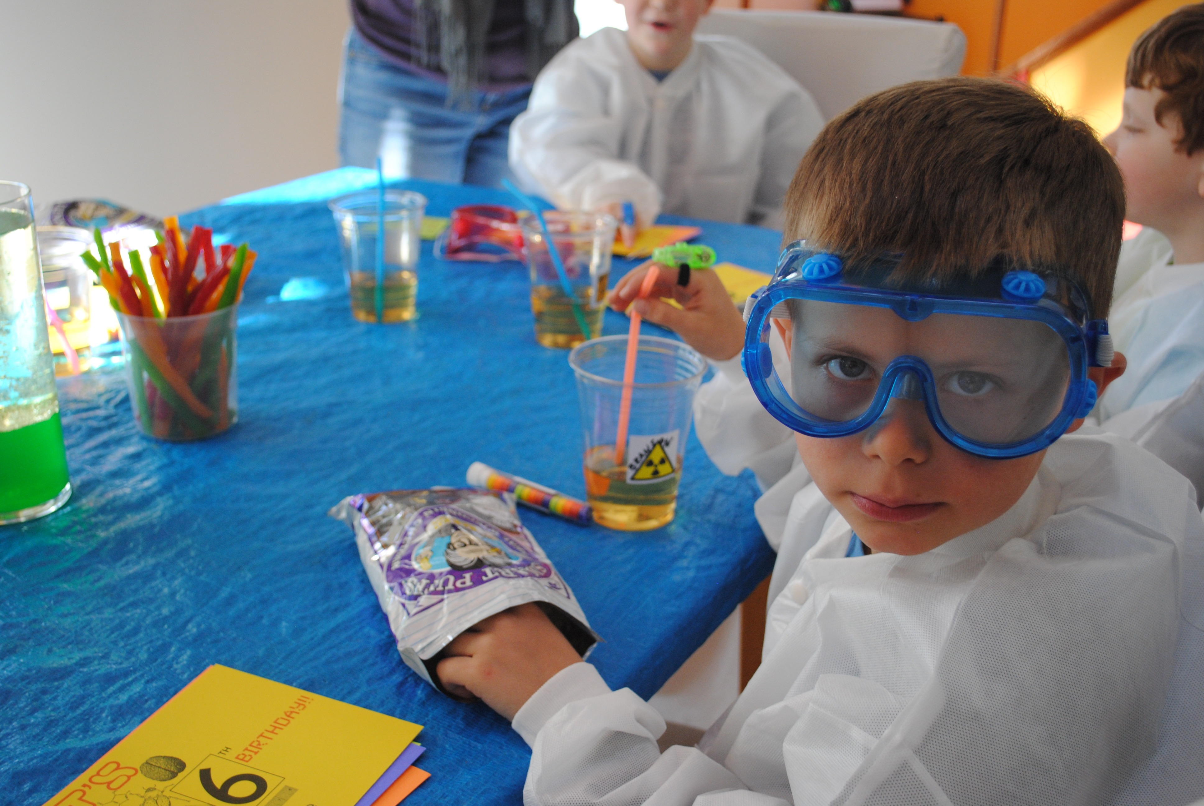 9 mad science birthday party snacks